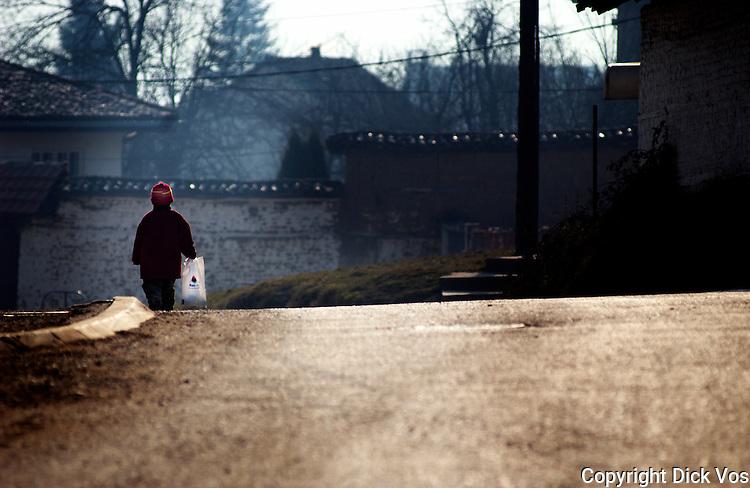 foto: Dick Vos.18-01-2005, Jakova...Straatbeelden van Jakova..