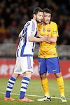 Real Sociedad's Alberto de la Bella (l) and FC Barcelona's  Munir El Haddadi during La Liga match. April 9,2016. (ALTERPHOTOS/Acero)