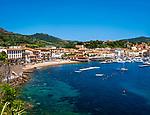 Italien, Toskana, Insel Elba, Porto Azzurro: Yachthafen an der Ostkueste, Golf von Mola | Italy, Tuscany, island Elba, Porto Azzurro: marina at the East coast, Gulf of Mola