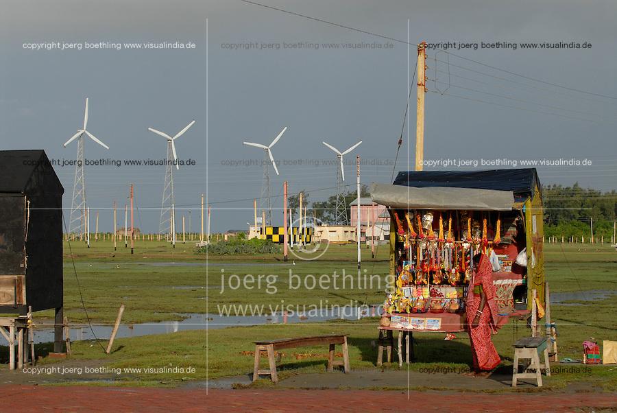 INDIA Westbengal, Sundarbans, Sagar Island, shop for devotionals infront of wind park / INDIEN Westbengalen, Sagar Insel im Gangesdelta Sunderbans, Devotionalien Laden vor Windpark