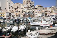 - Marsiglia, l'antico borgo marinaro Vallon des Auffes<br /> <br /> - Marseille, the ancient fishing village Vallon des Auffes