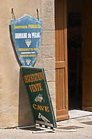 wine shop laurence feraud domaine du pegau chateauneuf du pape rhone france