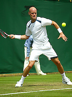 28-6-06,England, London, Wimbledon, first round match, Melle van Gemerden