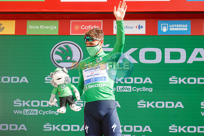 Fabio Jakobsen (NED) Deceuninck Quick-Step retains the points Green Jersey at the end of Stage 11 of La Vuelta d'Espana 2021, running 133.6km from Antequera to Valdepeñas de Jaén, Spain. 25th August 2021.     <br /> Picture: Luis Angel Gomez/Photogomezsport | Cyclefile<br /> <br /> All photos usage must carry mandatory copyright credit (© Cyclefile | Luis Angel Gomez/Photogomezsport)