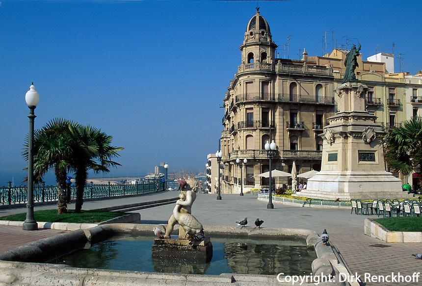 Spanien, Katalonien, Tarragona, Brunnen am Balco del Mediterrani