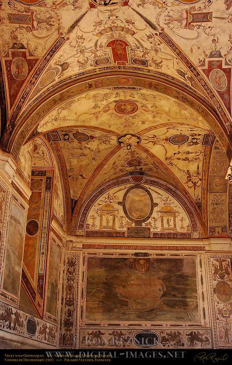 Cortile (Courtyard) Michelozzo Palazzo Vecchio Florence