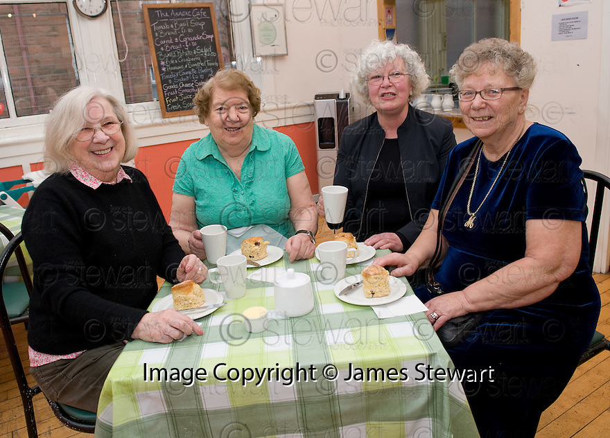 ::  BIG LOTTERY FUND :: THE ANNEXE CONNECTS PROJECT WHICH TODAY RECEIVED AN AWARD OF £275,597 FROM THE BIG LOTTERY FUND :: CATHERINE PARKINSON, ANNE MATTHEWS, GRACE SERGEANT AND MARGARET COCHRANE ENJOY OME TEA AND SCONES AT THE ANNEXE COMMUNITIES CAFE ::