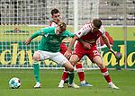 17.10.2020, Schwarzwald Stadion, Freiburg, GER, 1.FBL, SC Freiburg vs SV Werder Bremen<br /> <br /> im Bild / picture shows<br /> Nick Woltemade (Bremen), Dominique Heintz (Freiburg)<br /> <br /> Foto © nordphoto / Bratic<br /> <br /> DFL REGULATIONS PROHIBIT ANY USE OF PHOTOGRAPHS AS IMAGE SEQUENCES AND/OR QUASI-VIDEO.