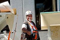 Airlight Energy, Biasca, operaio al lavoro