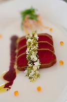 "Europe/République Tchèque/Prague:  Tataki de Thon- Seared tuna tataki - Recette de   Gregory McLean chef du restaurant ""Essensia"" - Hotel Mandarin Oriental"
