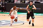 TDAYS EuroCup 2020-2021.Round 1.<br /> Joventut Badalona vs Partizan NIS Belgrado: 85-82.<br /> Codi Miller-Mcintyre vs Ferran Bassas.
