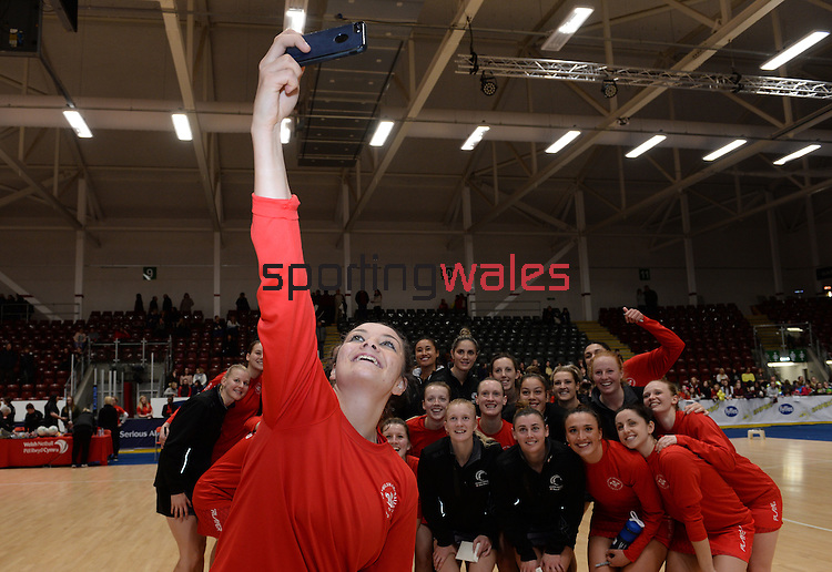 Wales Nia Jones takes a selfie <br /> <br /> Swansea University International Netball Test Series: Wales v New Zealand<br /> Ice Arena Wales<br /> 08.02.17<br /> ©Ian Cook - Sportingwales