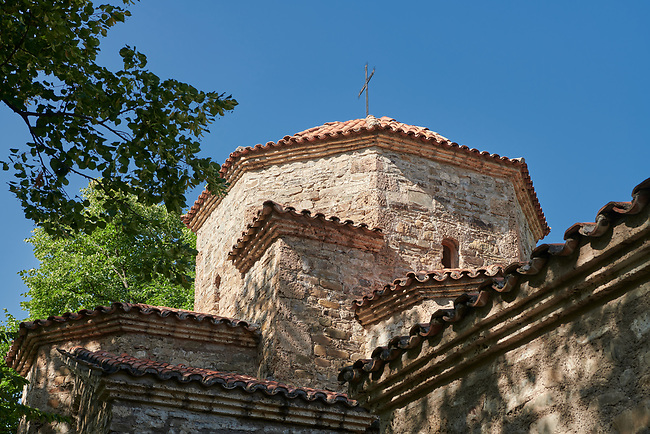 Pictures & images of the cupola of a tetraconch church from the first quarter of the seventh century. Dzveli (Old) Shuamta Monastery  founded by one of the 13 Syrian Fathers in the sixth century, Kakheti , Georgia (country).
