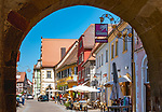 Germany, Bavaria, Lower Franconia, Volkach am Main: cafés and restaurants in Main Street | Deutschland, Bayern, Unterfranken, Volkach am Main: Cafés und Restaurants in der Hauptstrasse