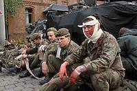 - British army, simulation of evacuation of wounded in combat during NATO exercises in Germany....- esercito Inglese, simulazione di evacuazione di feriti in combattimento durante esercitazioni NATO in Germania