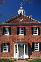 house, NC, New Bern, North Carolina, New Bern Academy in New Bern in the spring.