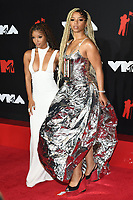 NEW YORK, NY- SEPTEMBER 12: Chloe Bailey and Halle Bailey at the 2021 MTV Video Music Awards at Barclays Center on September 12, 2021 in Brooklyn,  New York City. <br /> CAP/MPI/JP<br /> ©JP/MPI/Capital Pictures