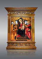Gothic altarpiece of Madonna and Child with St Peter and Paul by Vicenzo Frediani, circa 1490, tempera and gold leaf on wood.  National Museum of Catalan Art, Barcelona, Spain, inv no: MNAC  64978.