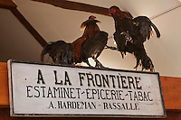 Europe/France/Nord-Pas-de-Calais/59/ Nord/ Godewaersvelde: Musée de la Vie Frontalière- Enseigne d'un Estaminet débit de tabac situé à la frontière