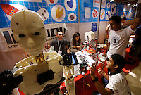 Un robot con rivestimento esterno prodotto tramite stampa 3D alla Maker Faire, mostra sull'innovazione tecnologica, a Roma, 4 ottobre 2014.<br /> A robot with external coating produced by 3D printing is displayed at the Maker Faire exhibition on technological innovation in Rome, 4 October 2014.<br /> UPDATE IMAGES PRESS/Riccardo De Luca