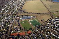 Altes Gleisdreieck DEUTSCHLAND, SCHLESWIG- HOLSTEIN, GLINDE, (GERMANY), 02.12.2016Am Sportplatz
