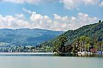 Austria, Upper Austria, Salzkammergut, Litzlberg: castle Litzlberg located on an island | Oesterreich, Oberoesterreich, Salzkammergut, Litzlberg: Schloss Litzlberg, auf einer Insel im Attersee, ist im Privatbesitz der Familie Leitl