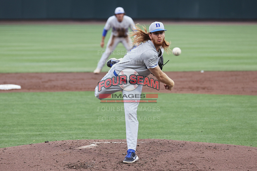 Duke Blue Devils starting pitcher Cooper Stinson (31) in action against the North Carolina Tar Heels at Boshamer Stadium on April 9, 2021 in Chapel Hill, North Carolina. (Andy Mead/Four Seam Images)