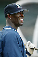 Mike Cameron of the Seattle Mariners before a 2002 MLB season game against the Los Angeles Angels at Angel Stadium, in Los Angeles, California. (Larry Goren/Four Seam Images)