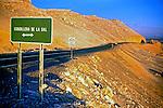 Estrada no Deserto do Atacama. Chile. 1998. Foto de Vinícius Romanini.