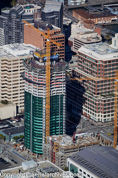 aerial photograph of the construction of Infinity San Francisco, residential condomium tower, construction, 2006