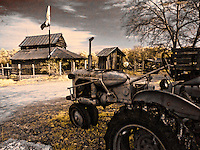 Allis-Chalmers tractor with old barn