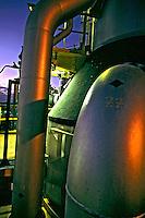 Refinaria de petróleo da Petrobrás em Paulínia. São Paulo. 2001. Foto de Ricardo Azoury.