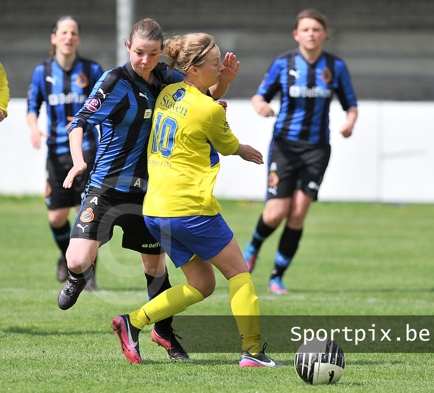 Club Brugge Dames - STVV Sint Truidense VV : Nicky Van den Abbeele in duel met Eleen Kimps (r).foto DAVID CATRY / Nikonpro.be