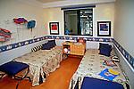 Quarto de apartamento, Plano 100. SP. Foto de Manuel Lourenço.