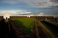 Concluida em 1782 a Fortaleza de São José em Macapá a beira do rio Amazonas, é hoje o principal ponto turístico da cidade<br /> Macapá, Amapá, Brasil.<br /> 18/06/2011.<br /> Foto Paulo Santos