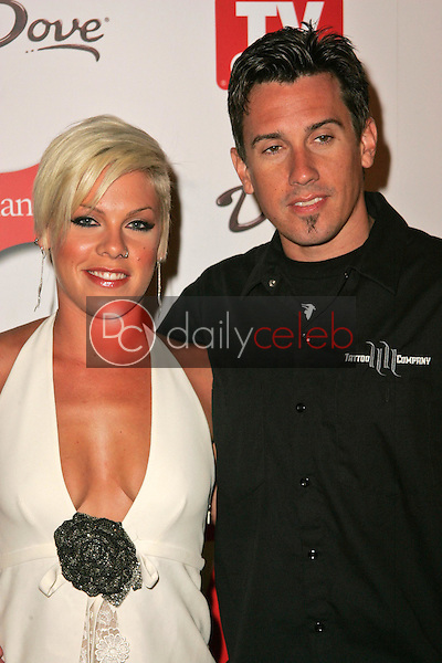 Pink and Carey Hart<br />at the TV Guide Emmy After Party. Social, Hollywood, CA. 08-27-06<br />Dave Edwards/DailyCeleb.com 818-249-4998