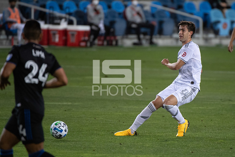 SAN JOSE, CA - NOVEMBER 04: Francisco Ginella #8 of the Los Angeles FC passes the ball during a game between Los Angeles FC and San Jose Earthquakes at Earthquakes Stadium on November 04, 2020 in San Jose, California.