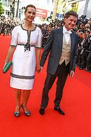 Carole Bouquet and Philippe Sereys de Rothschild sur le tapis rouge pour la soirée dans le cadre de la journée anniversaire de la 70e édition du Festival du Film à Cannes, Palais des Festivals et des Congres, Cannes, Sud de la France, mardi 23 mai 2017.