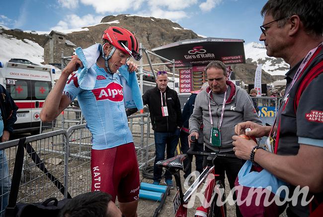 Ilnur Zakarin (RUS/Katusha-Alpecin) takes the first mountaintop finish of this Giro<br /> <br /> Stage 13: Pinerolo to Ceresole Reale/Lago Serrù (196km)<br /> 102nd Giro d'Italia 2019<br /> <br /> ©kramon