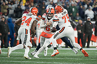FOXBOROUGH, MA - OCTOBER 27: Cleveland Browns Quarterback Baker Mayfield #6 hands off to Cleveland Browns Runningback Nick Chubb #24 as Cleveland Browns Guard Joel Bitonio #75 blocks during a game between Cleveland Browns and New Enlgand Patriots at Gillettes on October 27, 2019 in Foxborough, Massachusetts.