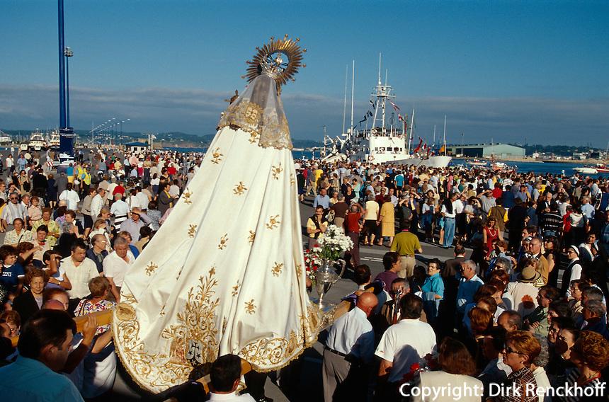 Prozession Virgen del Carmen in  La Coruña, Galicien, Spanien