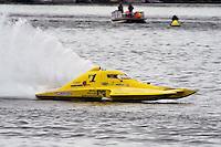 13-14 June, 2009, APBA Inboards, Walled Lake, Novi, MI. USA.Dan Kanfoush, Y-1, 1.5 Litre Mod hydroplane.©F. Peirce Williams 2009 USA.F.Peirce Williams.photography.ref: RAW (.NEF) File Available