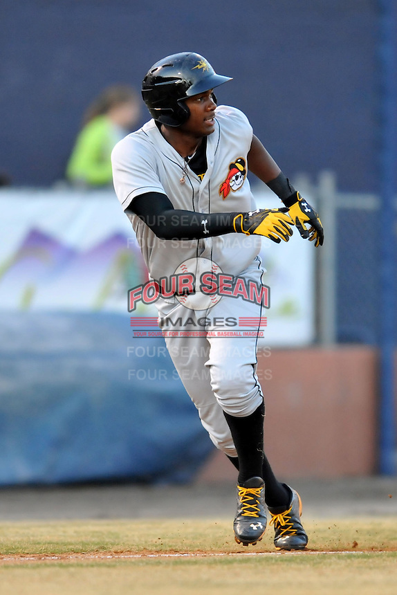 West Virginia Power designated hitter Josh Bell #2 leads off third during a game against the Asheville Tourists at McCormick Field on April 12, 2013 in Asheville, North Carolina. The Tourists won the game 9-7. (Tony Farlow/Four Seam Images).