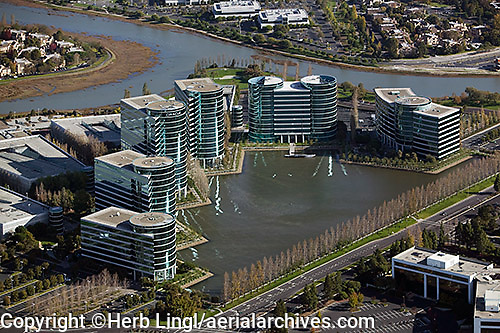 aerial photograph Oracle, Redwood Shores, Redwood City, San Mateo county, California