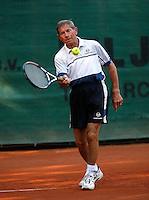 24-8-07, Velp, Tennis, Nationale  Veteranen Tennis Kampioenschappen 2007, Gerard Haarhuis (pa) 75+