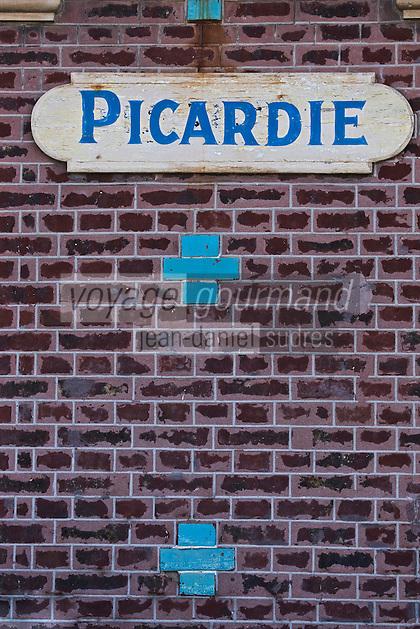 Europe/France/Picardie/80/Somme/Baie de Somme/Mers-les-Bains: les villas de la sation balnéaire
