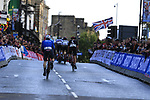The peloton into Harrogate for the first time during the Men U23 Road Race of the UCI World Championships 2019 running 186.9km from Doncaster to Harrogate, England. 27th September 2019.<br /> Picture: Eoin Clarke | Cyclefile<br /> <br /> All photos usage must carry mandatory copyright credit (© Cyclefile | Eoin Clarke)