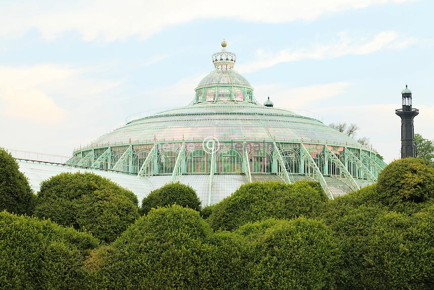 Belgique, Bruxelles, Laeken, le domaine royale du château de Laeken, les serres de Laeken durant la période d'ouverture au public au printemps, ici le dôme du jardin d'hiver // Belgique, Bruxelles, Laeken, the royal castle domain, the greenhouses of Laeken in spring, the Winter Garden.