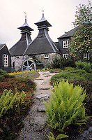 urope/Royaume-Uni/Ecosse/Moray/Spayside/Keith: Distillerie Strathisla whisky Chivas  et son toit en pagode