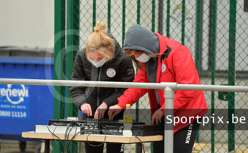 DJ's of Zulte Waregem pictured before a female soccer game between SV Zulte - Waregem and KRC Genk on the 8 th matchday of the 2020 - 2021 season of Belgian Scooore Women s SuperLeague , saturday 21 th of November 2020  in Zulte , Belgium . PHOTO SPORTPIX.BE | SPP | DIRK VUYLSTEKE